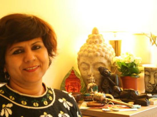 ShellyIndia - Dream Analysis and Feng Shui